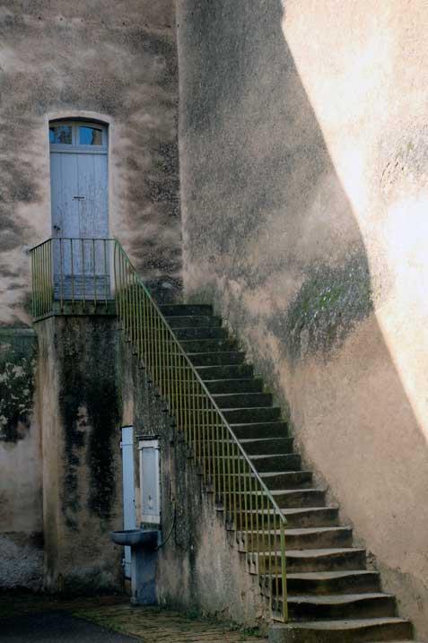 Lourmarin-steps
