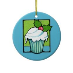 33christmas_holly_cupcake_blue_ornament-p175648196501433284vx2p8_325