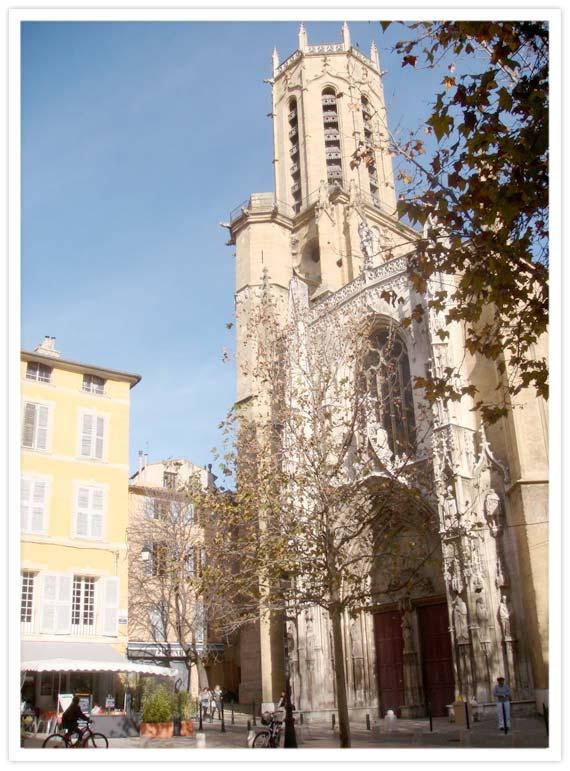 Aix-Morning-Stroll-5
