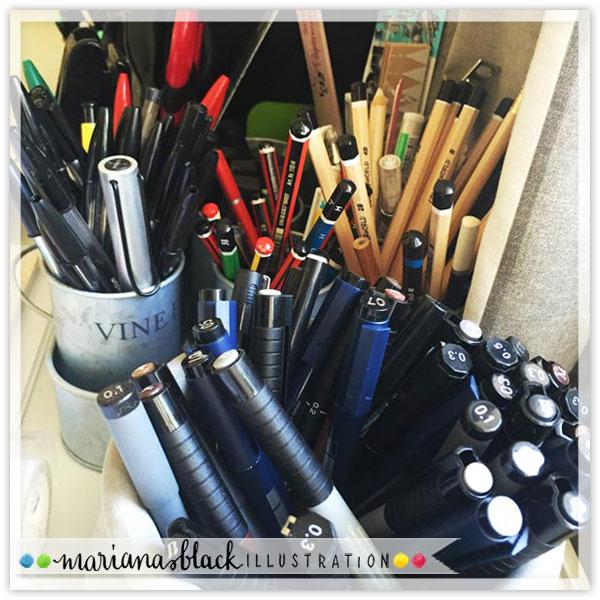 Pens-pencils-mariana-black