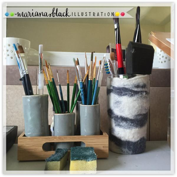 Brushes-mariana-black